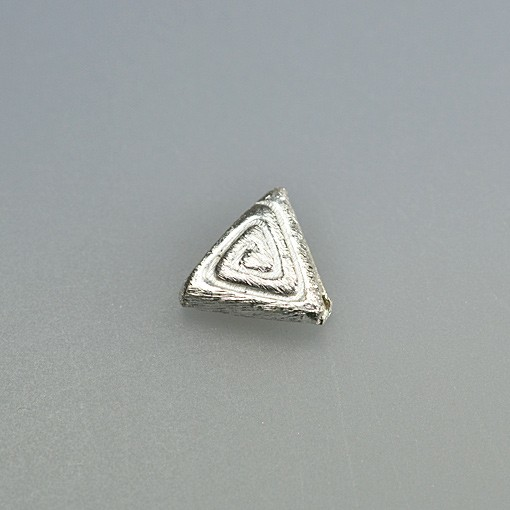 Triangle Bead, Spiral