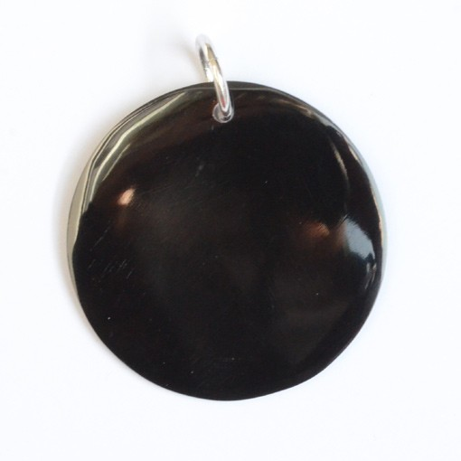 Round Pendant, Mother of Pearl, Black